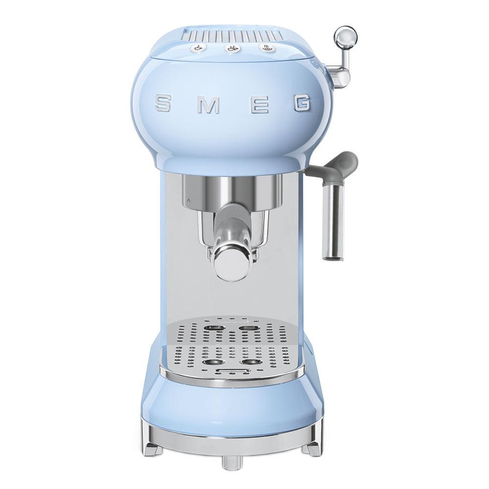 Кофеварка Smeg ECF01PBEU - фото 3