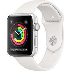 Apple Watch Series 3 42 мм серебристый, спортивный ремешок