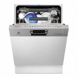 Встраиваемая посудомоечная машина на 15 комплектов Electrolux ESI9852ROX