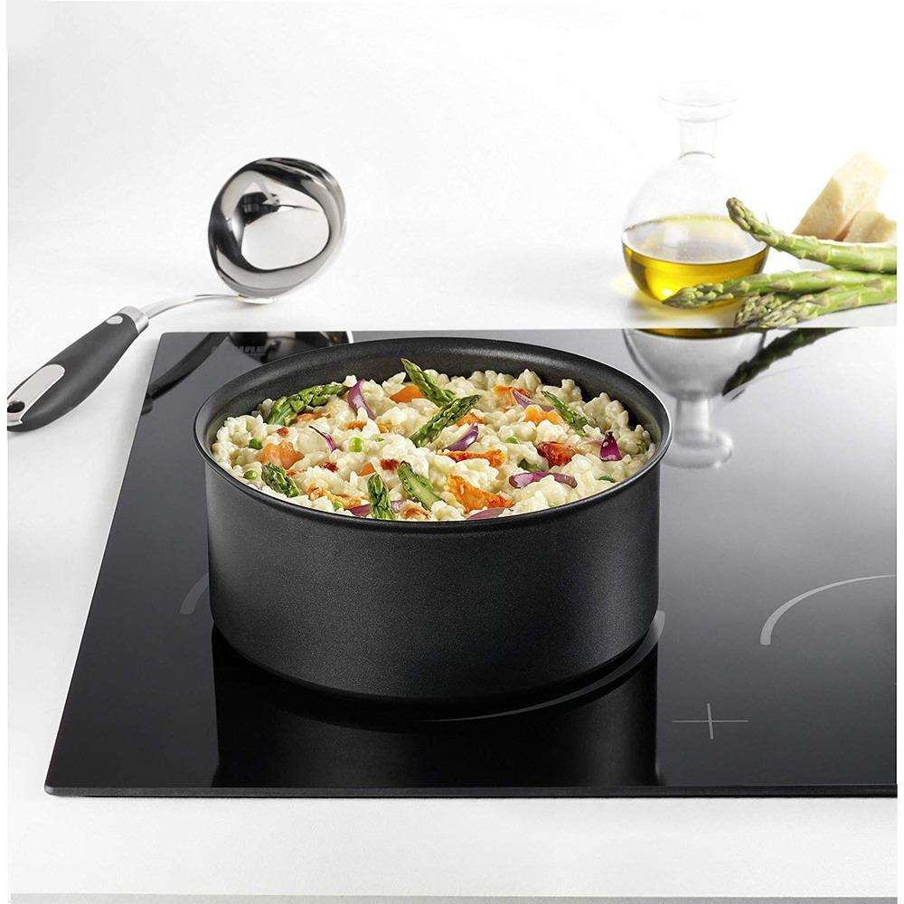 Ковш для кухни Tefal Ingenio Expertise L6502802 в интерьере - фото 2
