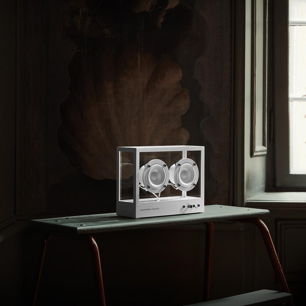 Портативная акустика Transparent Sound Small Speaker в интерьере - фото 5