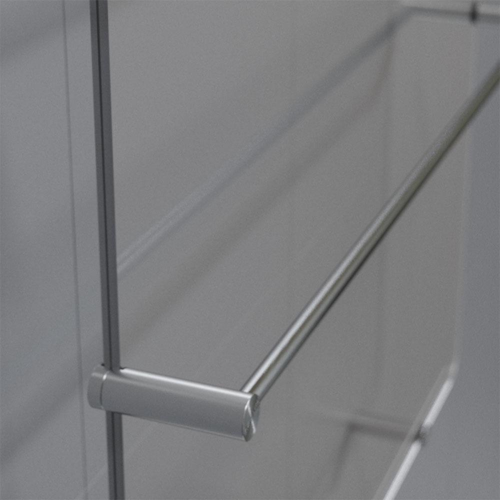 Полотенцесушитель ThermoUp Dry Side в интерьере - фото 2